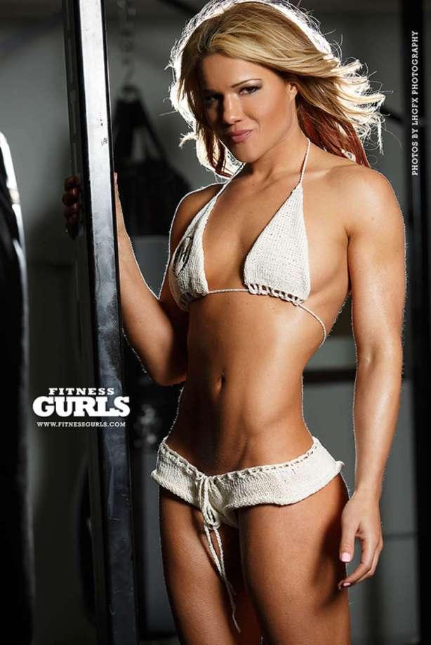 felice-herrig-fitness-gurls-2014-05