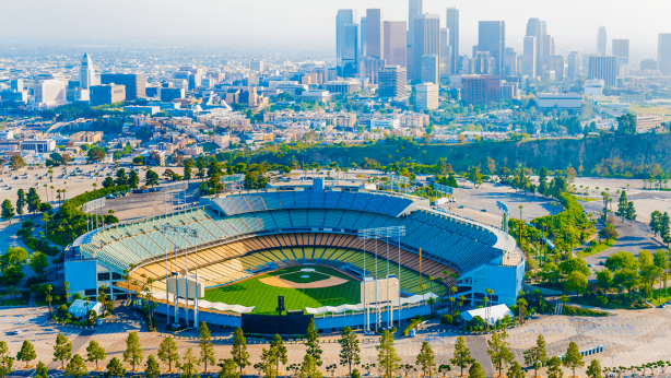 los-angeles-dodger-stadium-000021244131